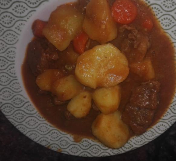 Patatas con carne