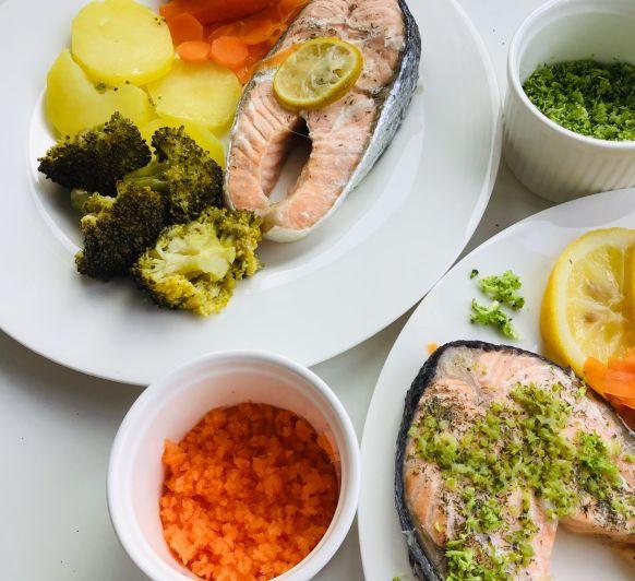 Salmón, brocoli, patatas y zanahorias al vapor